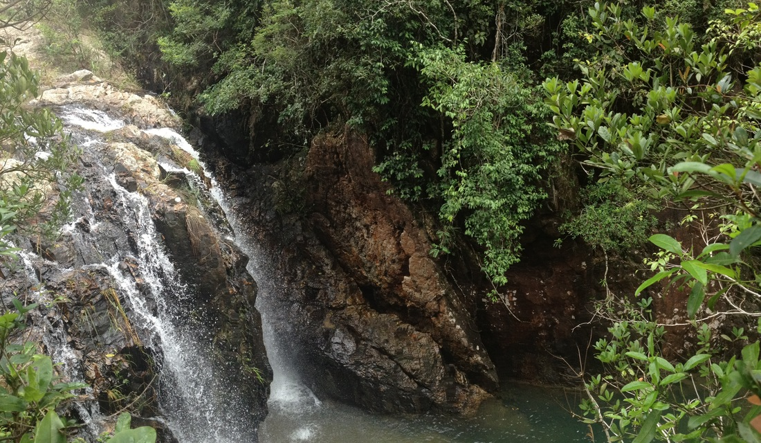 Tai Tam Waterfall